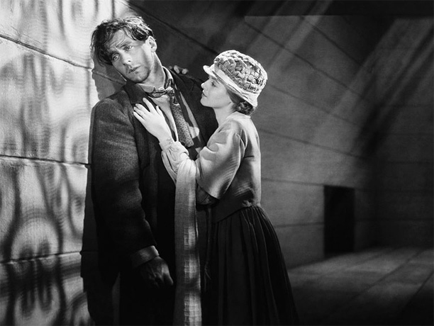 Directed by F.W. Murnau The most heart-wrenching and lyrical of all silent films, Murnau's rapturous tale uses breathtakingly advanced cinematographic techniques to tell the story…