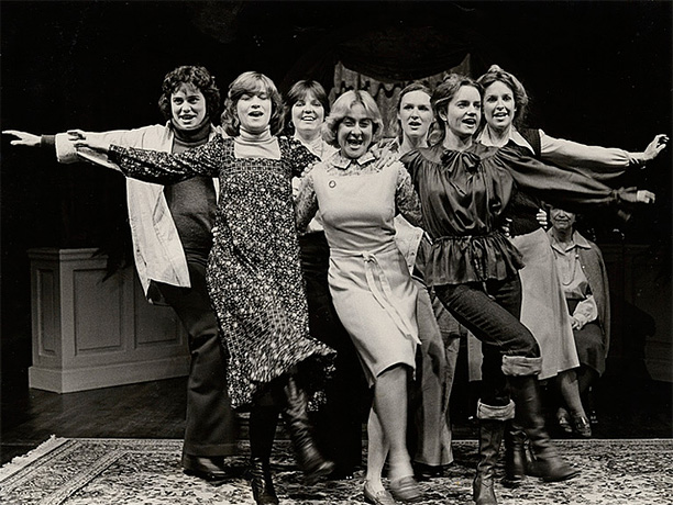 By Wendy Wasserstein Five Mount Holyoke grads gather for an impromptu reunion in Wasserstein's breakout play, an incisive look at educated women that holds up…