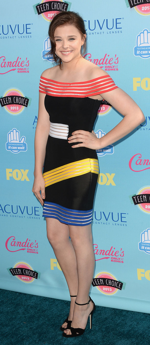 Chloe Grace Moretz (in Christopher Kane)
