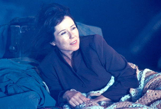 Mary McDonnell, Independence Day | Mary McDonnell got separated from her First Man and First Kid — and endured memory loss — as First Lady Marilyn Whitmore in 1995's Independence…