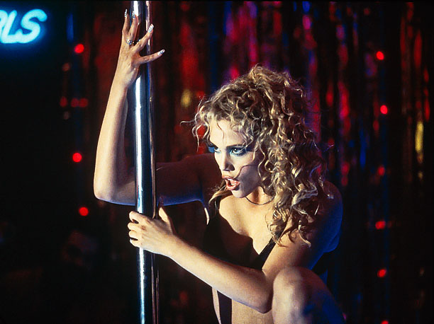 Maybe it would have been less fontrum -y if Nomi (Elizabeth Berkley) had been wearing Ver-sace.
