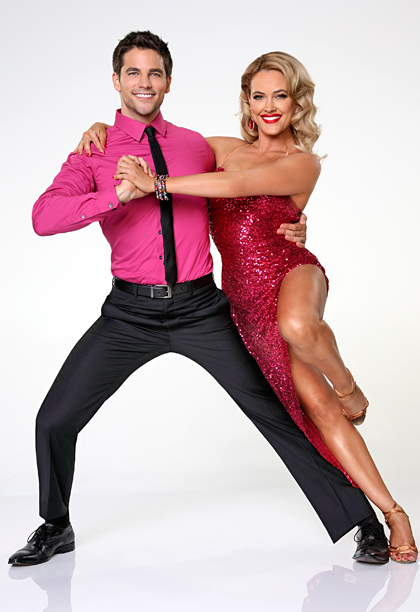 Peta Murgatroyd, Dancing With the Stars | Who? What? Cute. A willingness to wear hot pink right out of the gate could take the actor ( Pretty Little Liars, Army Wives )…