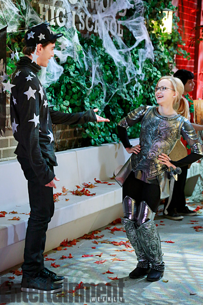Halloween Liv And Maddie
