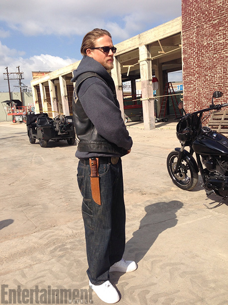 Sons of Anarchy | ''Right there, we're about to do that thing where we mount up. It's almost like [we're] modern day cowboys,'' Rossi says. Only Hunnam isn't wearing…