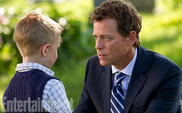 Greg Kinnear was always director Randall Wallace's first choice to portray Todd Burpo in Heaven Is for Real , adapted from the Nebraska pastor's best-selling…