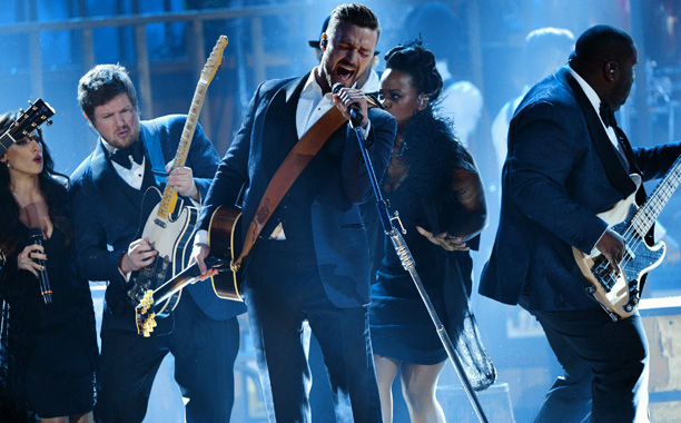 Justin Timberlake, American Music Awards 2013 | ''We're J.T. and the Tennessee Kids, and this is a song about alcohol,'' quoth Mr. Timberlake, bringing out the party-down band of too many to…
