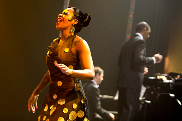 AFTER MIDNIGHT Fantasia Barrino in Broadway revue