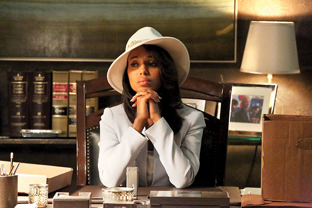 ABC, season 2, episode 22 A breakneck, don't-you-dare-DVR-it-'cause-Twitter-is-spoiling-it-in-real-time episode: Olivia (Kerry Washington) rebuffs Fitz (Tony Goldwyn), who returns, genuflecting, to First Lady Mellie (Bellamy Young)…