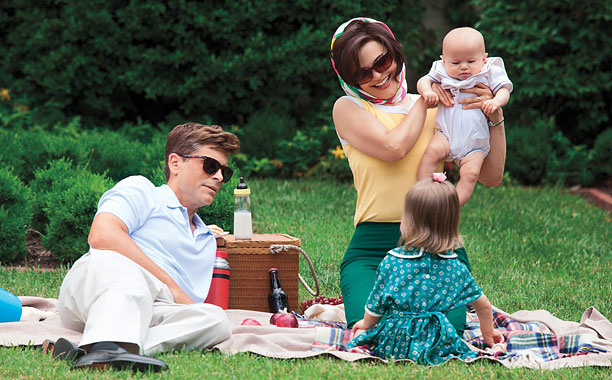 KILLING IN THE NAME OF Rob Lowe as President John F. Kennedy and Ginnifer Goodwin as Jackie Kennedy in Killing Kennedy .