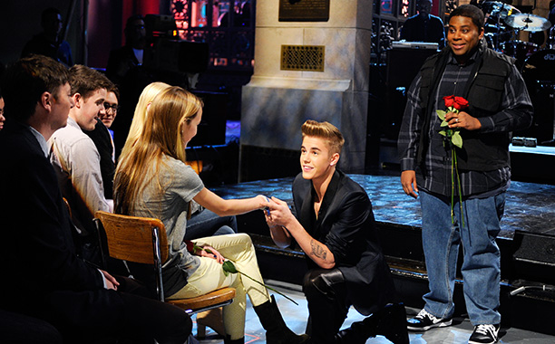 Saturday Night Live   Double duty date: Feb. 9, 2013 EEEEEEEE!!!!! That's the sound of the indefatigable army of Beliebers who stormed Studio 8H when their beloved took over…