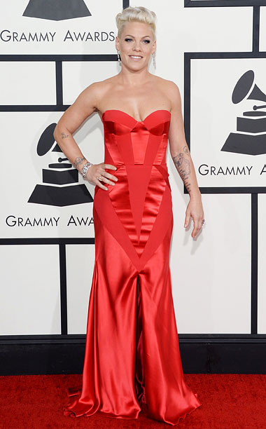 Style, Grammy Awards, ... | Pink in red? I love this color on the singer, but the silhouette of the ultra-feminine gown doesn't look quite right on her athletic frame.…