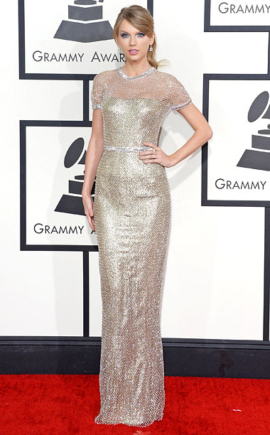 Style, Grammy Awards, ... | ''I think it's bulletproof,'' Swift said of her chainmail-inspired lame and crystal mesh gown. Bulletproof? Probably not. Flawless? Definitely. A+