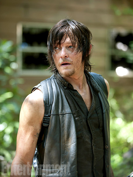 The Walking Dead | Forget about zombies. If you want to talk about a real threat, talk about what would happen should harm ever come to fan favorite Daryl…