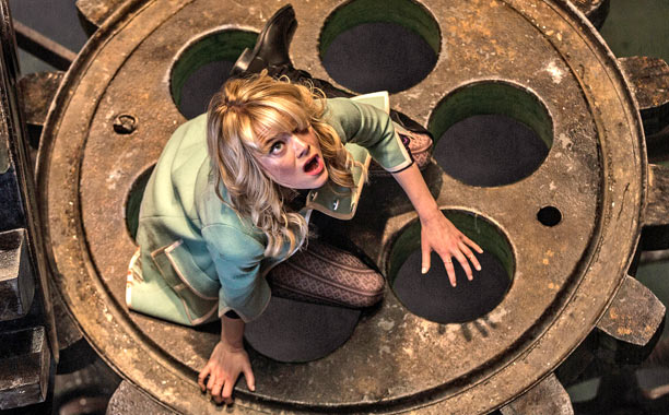 Gwen Stacy 01