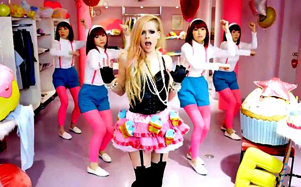 Hello Kitty Avril Lavigne