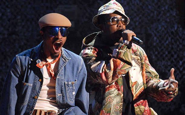 Lineup Highlights: Arcade Fire, Beck, Muse, the Knife, Queens of the Stone Age Pro: Bragging rights over the first OutKast (shown) gig in nearly eight…