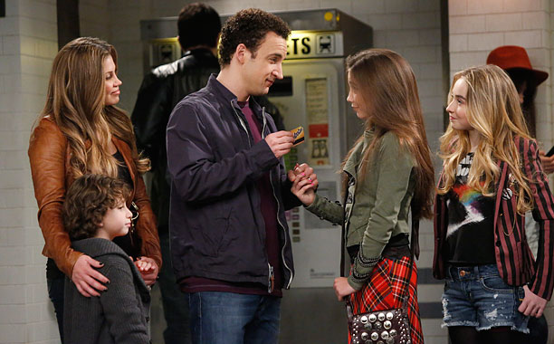 GIRL MEETS WORLD 02