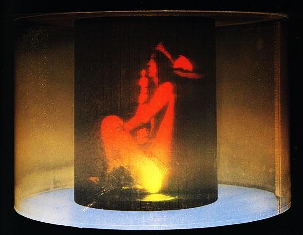 Salvador Dalí displays oddball 3-D works like Alice Cooper's Brain .