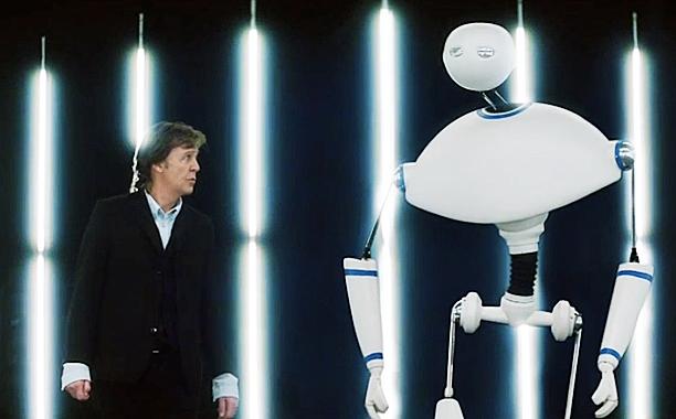 PAUL MCCARTNEY ROBOT