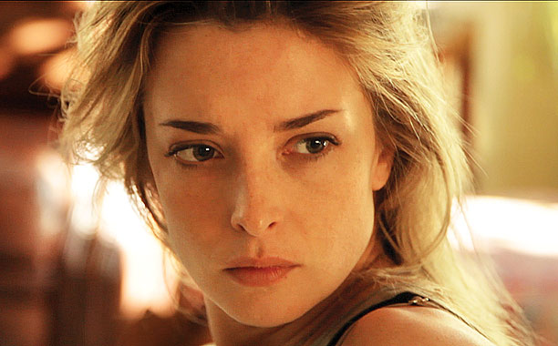 COHERENCE What better way to face an apocalypse than with your friends by your side