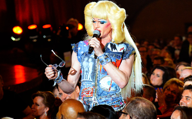 Tony Awards | HIGHLIGHT: NPH licks the competition — and Samuel L. Jackson's glasses — in a showstopping number from Hedwig and the Angry Inch . (The four-time…