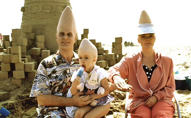 Nothing to see here, folks. Just a normal family with foot-tall craniums. They're from France.
