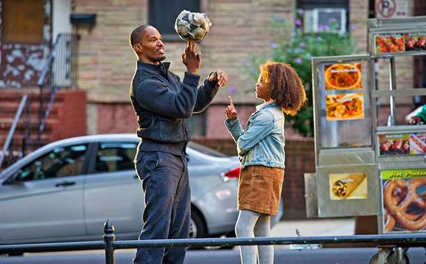 Little Orphan Annie has a lot of fans. So director Will Gluck ( Friends With Benefits ) knows he has to justify his reimagining of…