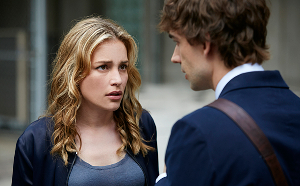 COVERT AFFAIRS 01