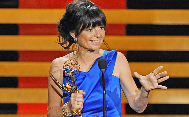 In her second consecutive acceptance speech for directing Modern Family , Mancuso eased her nerves by publicly insisting on unfettered eye contact with Matthew McConaughey.…