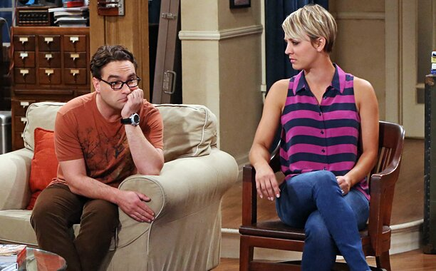 Big Bang Theory Star Kaley Cuoco Explains Why She Chopped Off Her Long Locks Ew Com