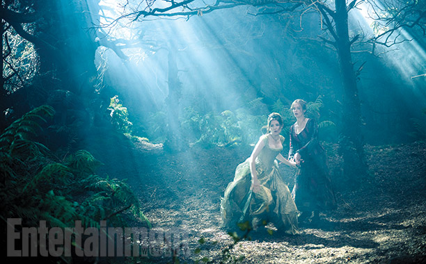 Into the Woods | ''I found the whole set was just so transporting, I thought it was magical,'' says Blunt, whose character strikes up a kinship—and then a brief…