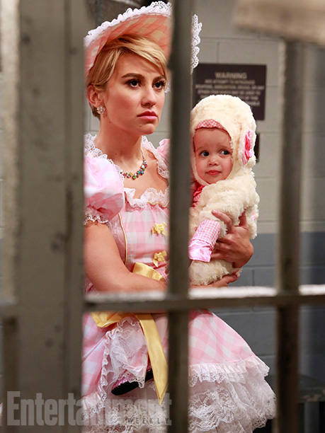 Oct. 22: Riley (Chelsea Kane) and Emma (Kayleigh and Sura Harris), Baby Daddy