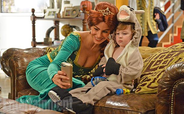 Oct. 29: Gloria (Sofia Vergara) as Princess Fiona and Joe (Pierce Wallace) as Donkey from Shrek, Modern Family