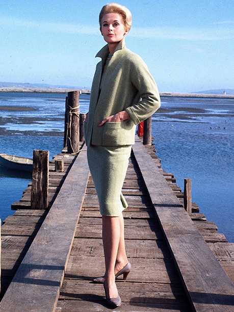 Designer: Edith Head Terrorized heroine Melanie Daniels (Tippi Hedren) wears only one outfit for most of this avian Hitchcock thriller. The director challenged designer Head…