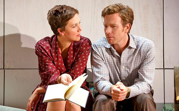 THE REAL THING Maggie Gyllenhaal and Ewan McGregor