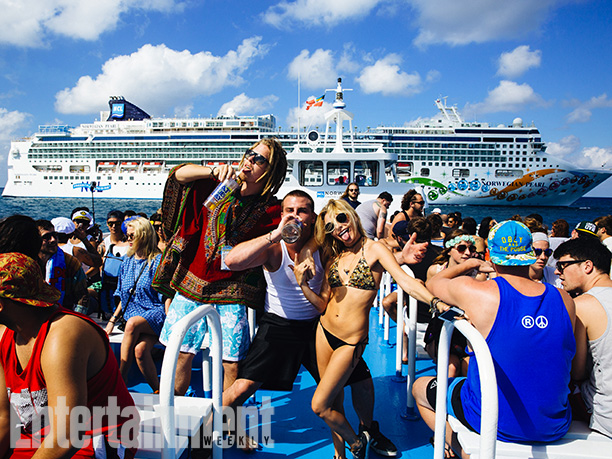 The whole experience peaked on Saturday, when cruisers were shuttled to a tiny Caribbean island owned by Norwegian Cruise Line for a day rave on…
