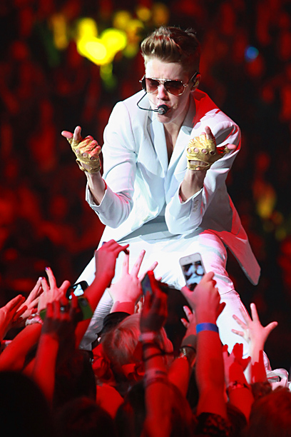Retirement: Merry Christmas, non-Beliebers! Bieber tweeted that he was retiring on Christmas Eve 2013, effectively making or breaking the holiday season for millions of music…