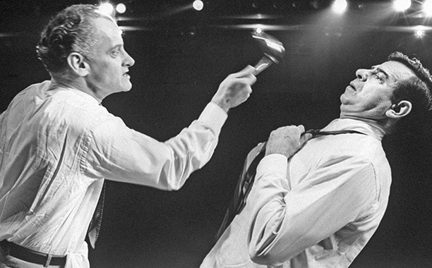 The stars of Neil Simon's hit Broadway comedy, Walter Matthau and Art Carney, were aptly cast. ''Walter was not a nice man and Art was…