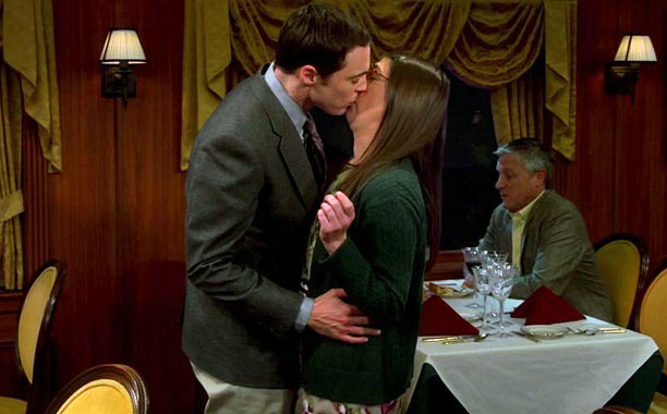 Though it was achieved through manipulation (scientifically informed manipulation, of course), the first real kiss between Sheldon (Jim Parsons) and Amy (Mayim Bialik) was unexpectedly…