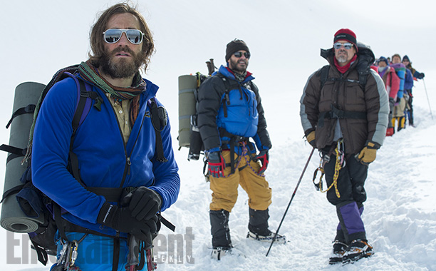 The snowcapped thriller stars Jason Clarke and Jake Gyllenhaal as guides leading the treacherous 1996 expedition to Mount Everest, where a blizzard killed eight people.…