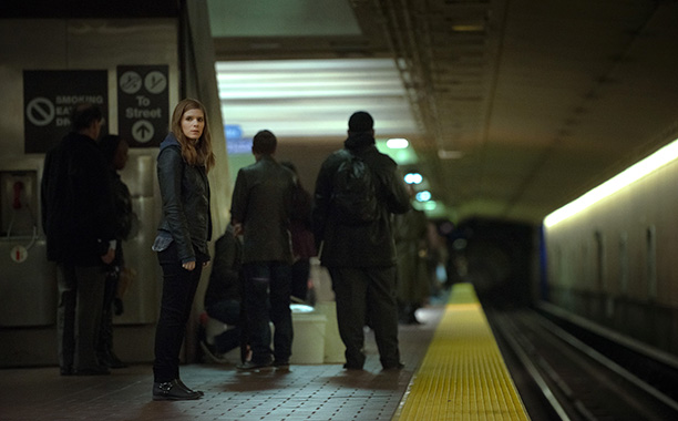 Netflix's shady-dealing politico drama got jaws to hit the floor with the very first episode of season 2, when Slugline reporter Zoe Barnes (Kate Mara)…