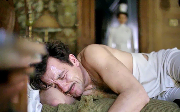 The Knick 's pilot had some great, gross moments, but none was more gloriously visceral than the scene in which Dr. John Thackery (Clive Owen)…