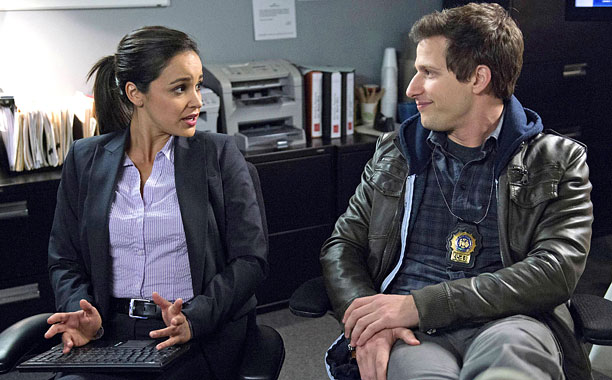BROOKLYN NINE-NINE: Det. Jake Peralta (Andy Samberg, R) turns on Det. Amy Santiago (Melissa FUmero, L)