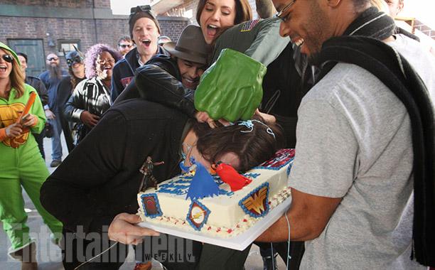 Steven R. McQueen gets into his cake as Zach Roerig, Ian Somerhalder, Nina Dobrev look on