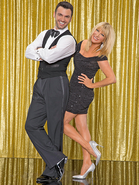 Suzanne Somers and Tony Dovolani