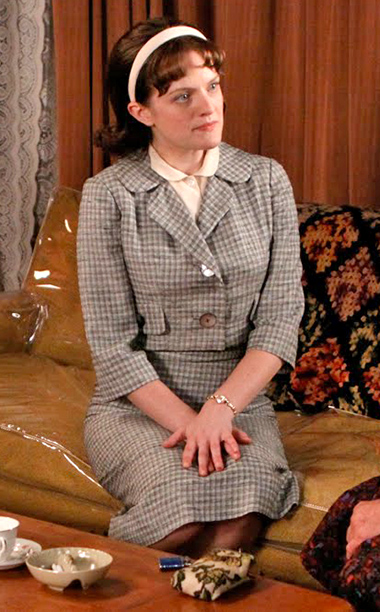 Mad Men | One step forward, two steps back as Peggy reverted to her beloved plaid. While Peggy's look had definitely skewed more business than matronly, this headband…