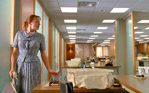 Mad Men | Damn, Peggy. How will you ever land an ad man in that get-up? Wasn't that the purpose of being a secretary? This frumpy skirt and…