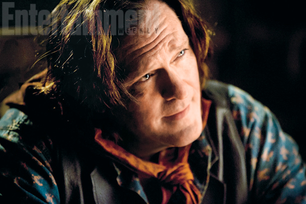 Joe Gage (Michael Madsen)
