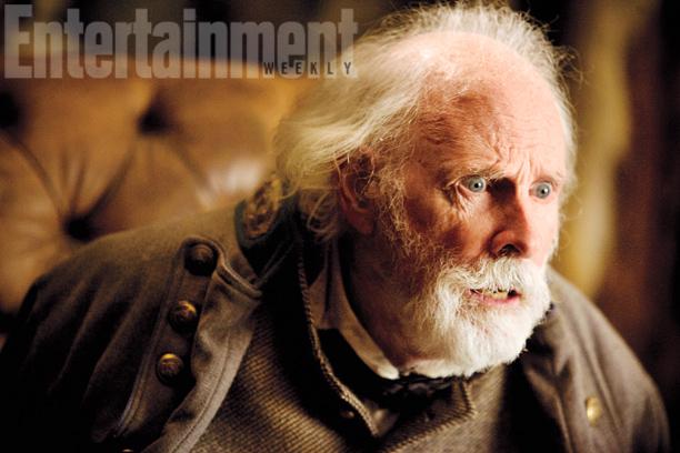 General Sanford Smithers (Bruce Dern)