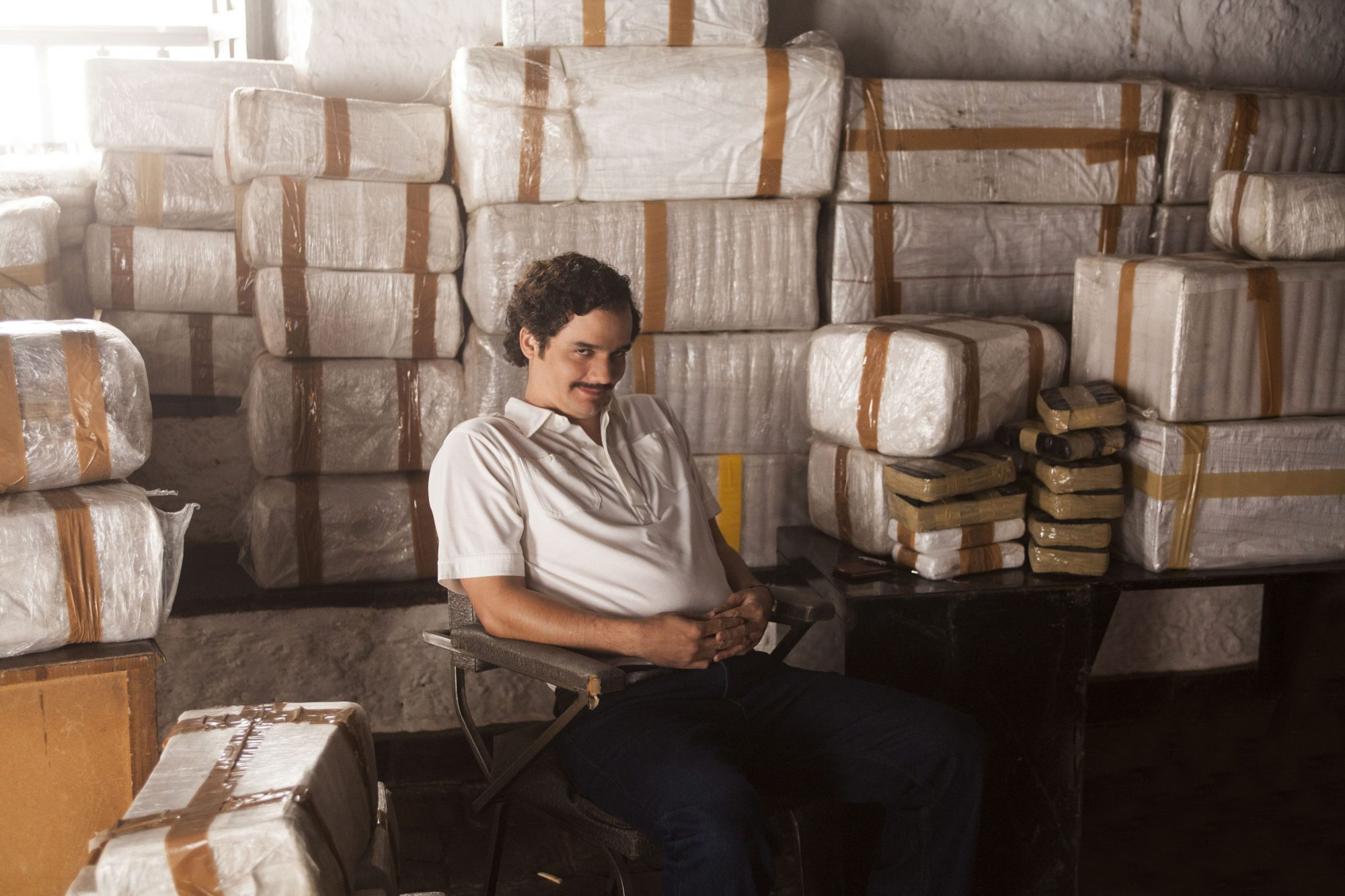 "Wagner Moura as Pablo Escobar in Netflix series ""Narcos"""
